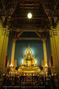 พระพุทธชินราชจำลอง