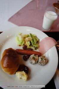 มื้อเช้าที่โรงแรม