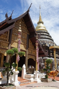 วิหารพระพุทธ ประวัติไม่รู้ล่ะ แต่ถือว่าอายุ 700 กว่าปีละกัน