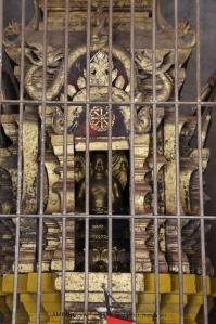 พระนาคปรก จากละโว้ พระบิดาของพระนางจามเทวีมอบให้ไว้ในปี พ.ศ. 1215