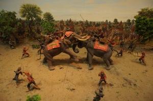 ชนช้างกับพระมหาอุปราชา