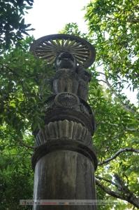 เสาอโศกอันเป็นสัญลักษณ์ว่าพุทธศาสนาได้เดินทางมาถึงแล้ว